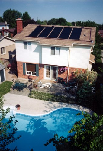 Roof Mounted Solar Thermal Energy Pool Heating System